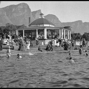 CC 06 Camps Bay Pool