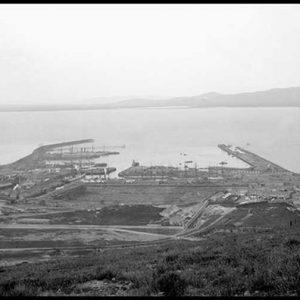 CH 06 Cape Town Harbour